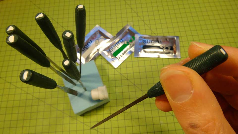 Sugru-Tip-2---Needle-File-Handles-and-Identifier